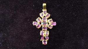 Croce in Oro Giallo con rubini